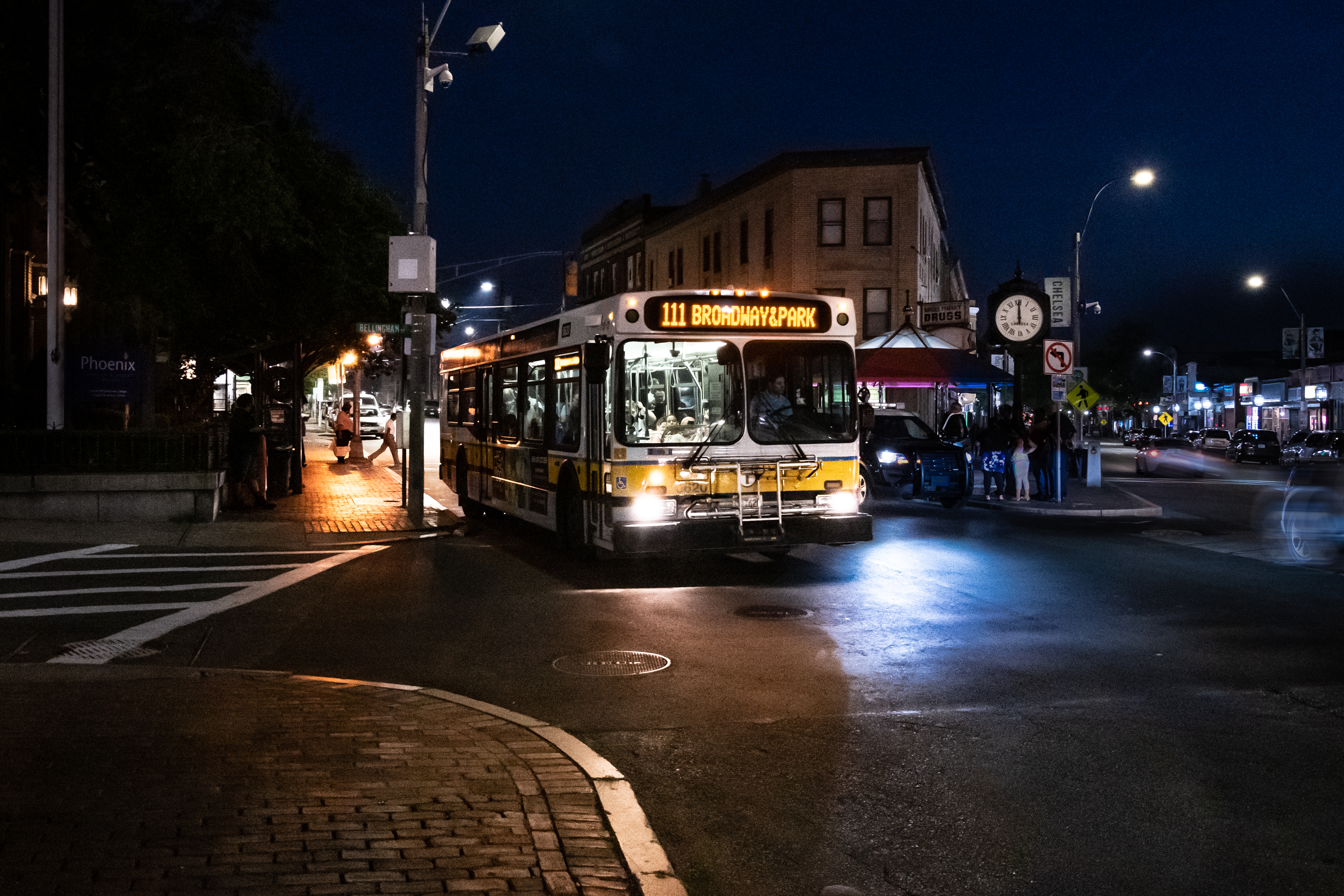 Overnight bus service on the 111 in Chelsea