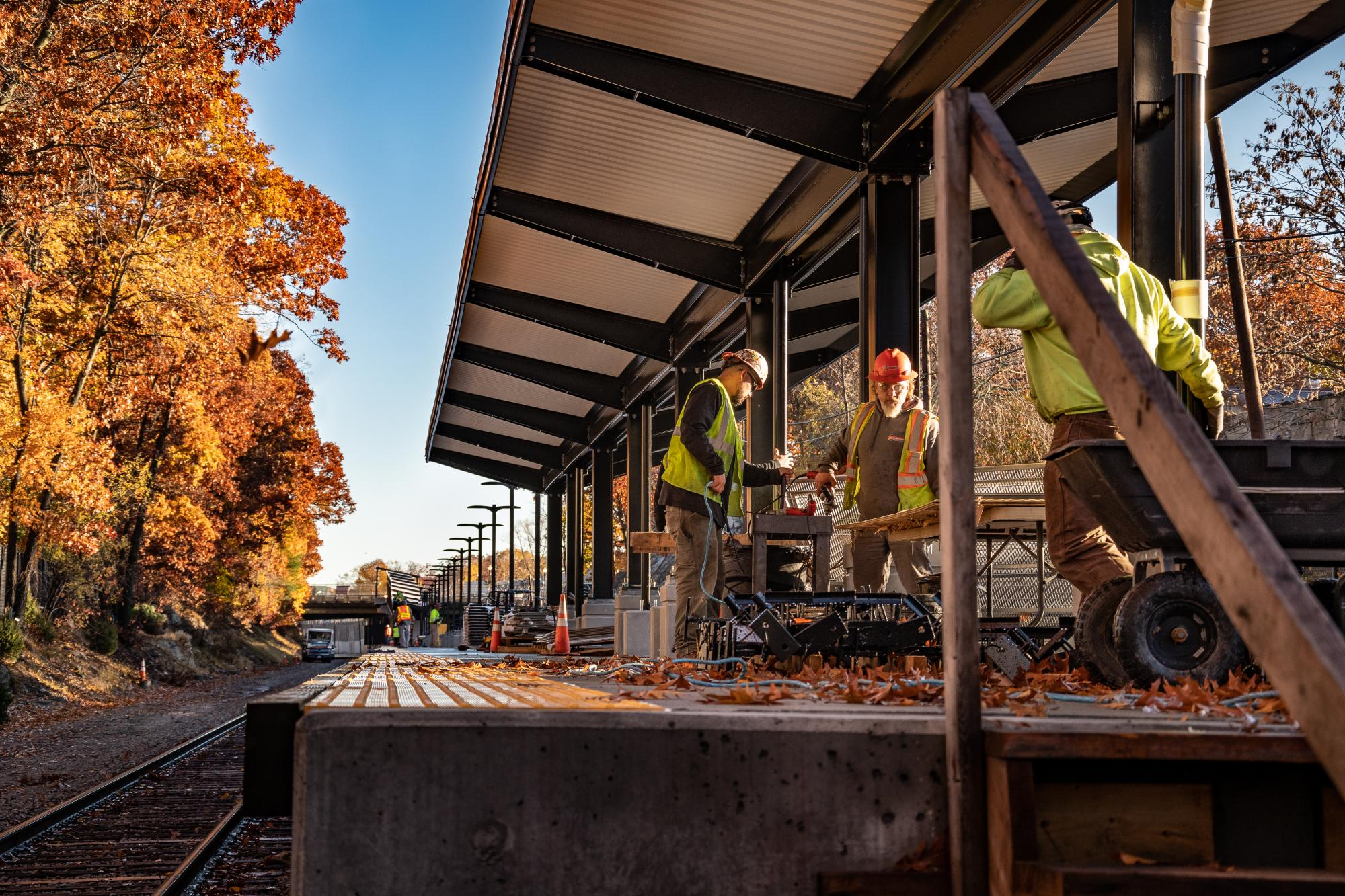 Blue Hill Ave station platform with canopy (November 2018)