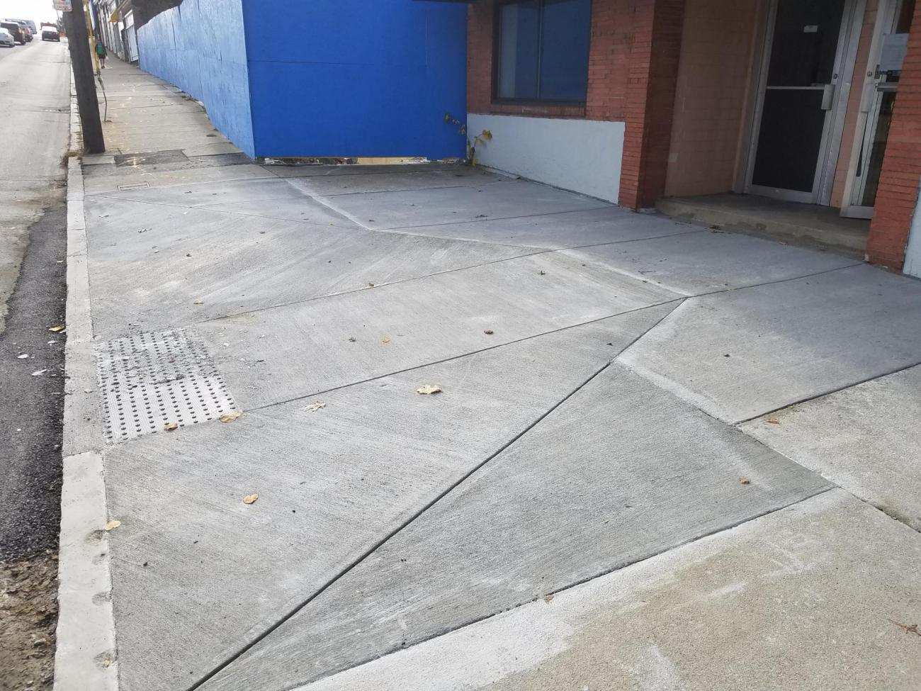 The new accessible ramp on Newport Ave (October 2019)