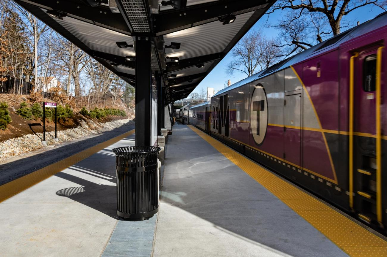Station platform with a newer Commuter Rail locomotive (January 2019)