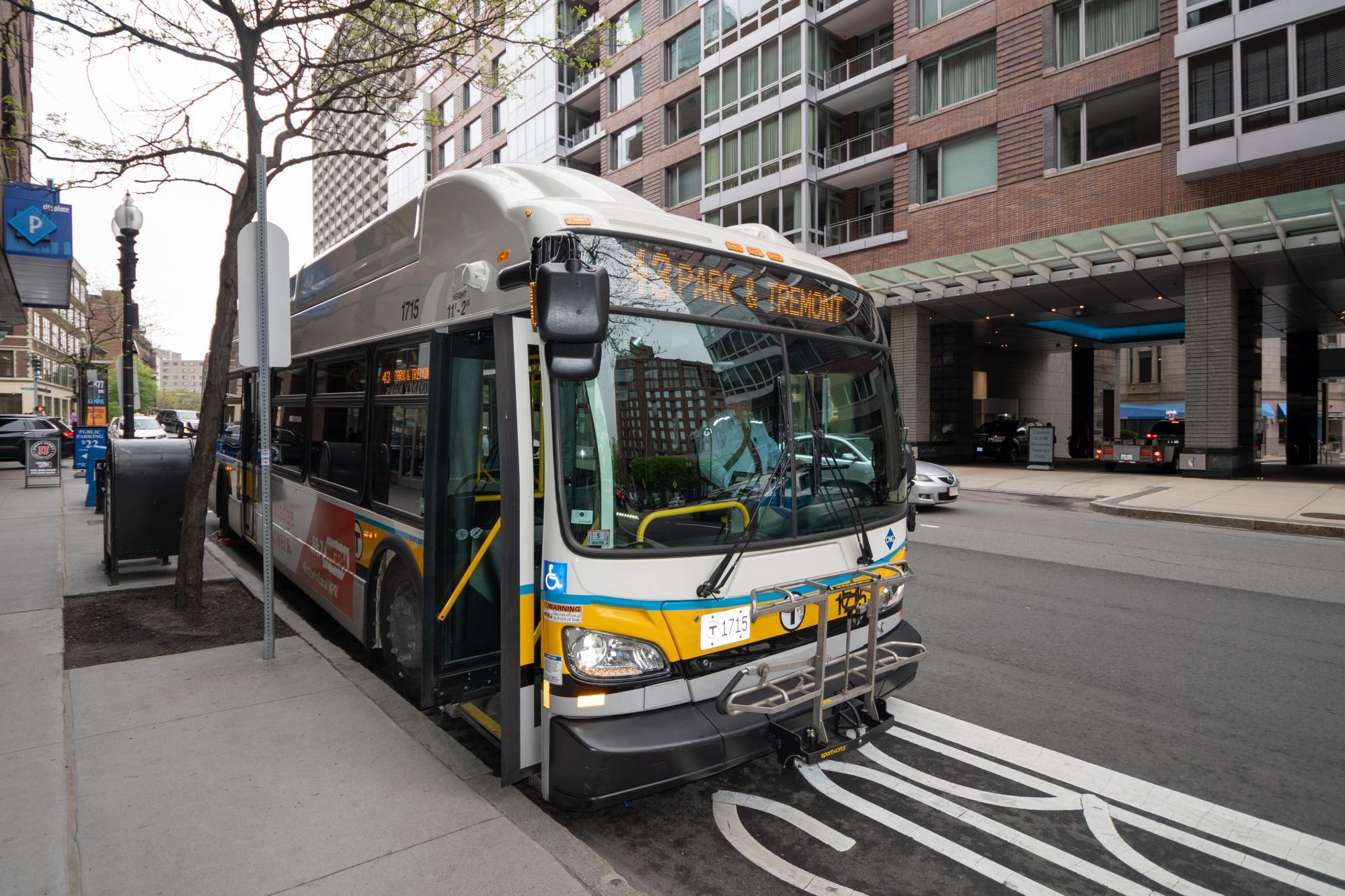 43 bus at 10 park plaza bus stop