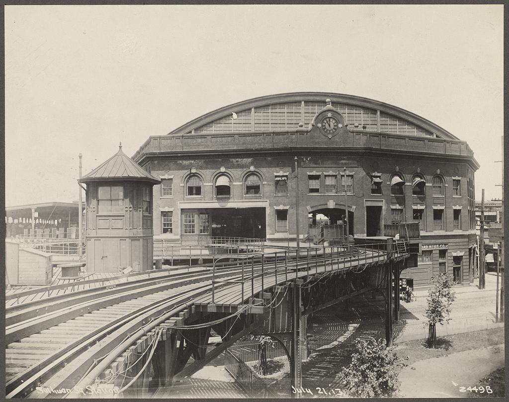 Boston elevated rail at sullivan station in 1913