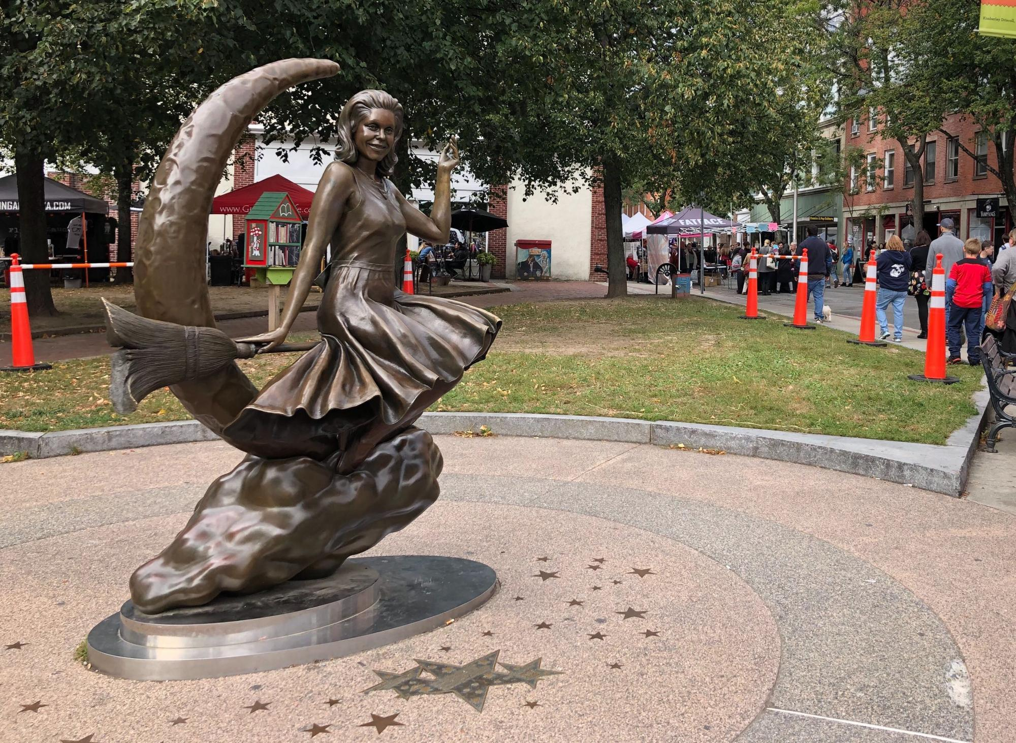 The Bewitched statue in downtown Salem